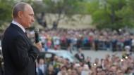 Putin schaltet Medien gleich