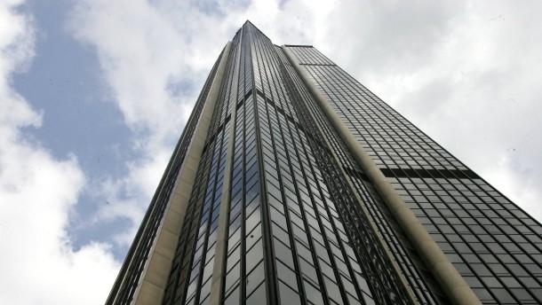 Der dunkle Turm soll gläsernes Herz der Stadt werden