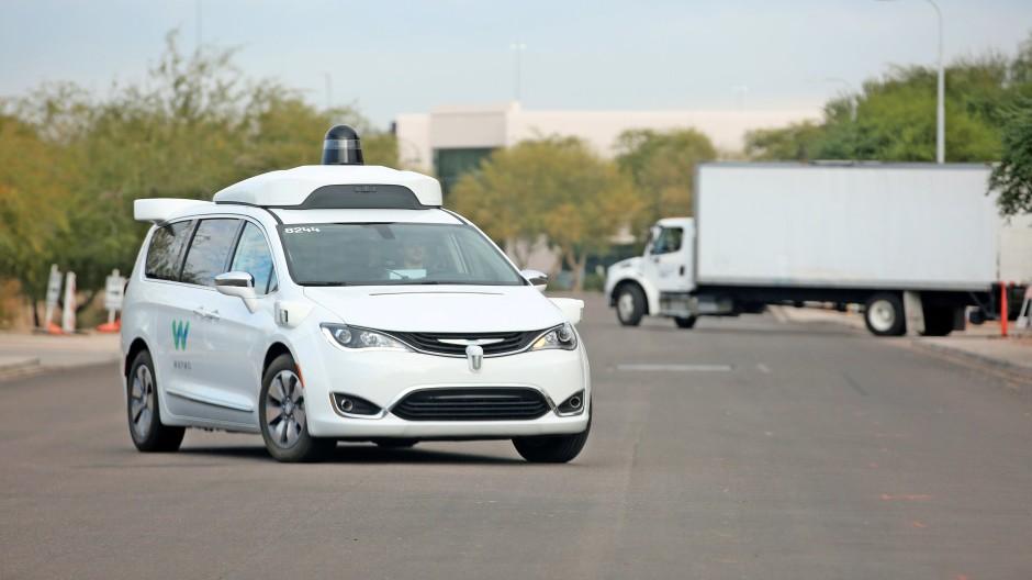 Ein selbstfahrendes Auto von Waymo in Arizona