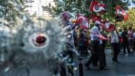 """In der """"Neuen Türkei"""", die Erdogan als """"fortgeschrittene Demokratie"""" bezeichnet, muss man sich ans Staunen und Erschrecken gewöhnen."""