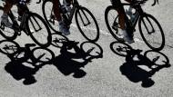 Warum man auf dem Fahrrad nicht umfällt