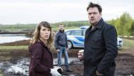 """Lösen gemeinsam nur noch einen Fall: Anneke Kim Sarnau und Charly Hübner als Kommissare im """"Polizeiruf 110""""."""