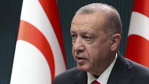 """Türkei kündigt Schritte gegen """"Charlie Hebdo"""" an"""