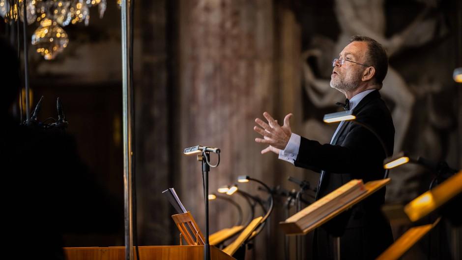 "Christophe Rousset dirigiert Mozarts ""Idomeneo"" in der Würzburger Residenz."