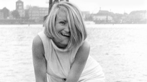 Alice Schwarzer lacht es weg