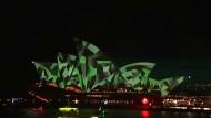 Spektakuläre Lichterschau am Opernhaus von Sydney