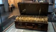 In diesem Koffer bewahrte Walter Meckauer seine Kurzgeschichten auf.