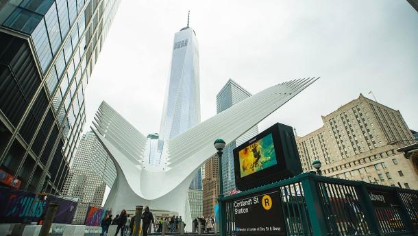 Er gab New York Turm und Bahnhof zurück