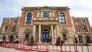 Umkämpfter Tempel des Wagnerschen Vermächtnisses: das Festspielhaus auf den Grünen Hügel in Bayreuth