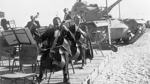 1967cellosectionwithtank.JPG Israel Philharmonic
