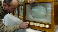 Wer hat da am Knopf gedreht? ARD, ZDF und Deutschlandfunk sind, was den Rundfunkbeitrag angeht, immer auf Empfang.