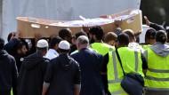 Der türkische Präsident reagiert mit einer Drohung an Neuseeland auf den Terroranschlag: Am Mittwoch werden die ersten Opfer in Christchurch zu Grabe getragen.