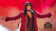 Konzert abgebrochen: Nena versammelt ihre Fans trotz Corona-Regeln vor der Bühne