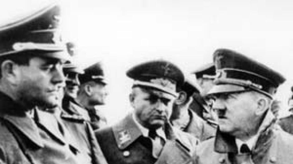 Hitlers Architekt und Aufrüster: Albert Speer (l.)