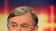 Hat er mehr als volkswirtschaftliche Antworten? Horst Köhler