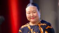 Sie schrieb das Buch über eine Männerfreundschaft, über das gerade alle reden: die japanisch-amerikanische Autorin Hanya Yanagihara.