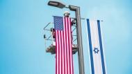"""""""Wenn Trump den Israelis dabei hilft, die Besatzung aufrechtzuerhalten, dann ist er kein Freund, er ist fast ein Feind Israels."""" (David Grossman)"""
