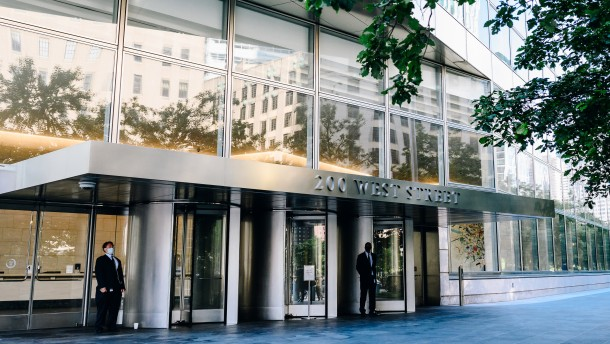 Goldman Sachs sticht DWS mit Übernahme von NNIP aus