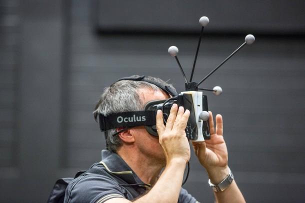 Virtual Reality - die neueste Generation wird von Florian Soyka bei einem 'Selbstversuch mit der Ocultus Rift-Brille vorgestellt.