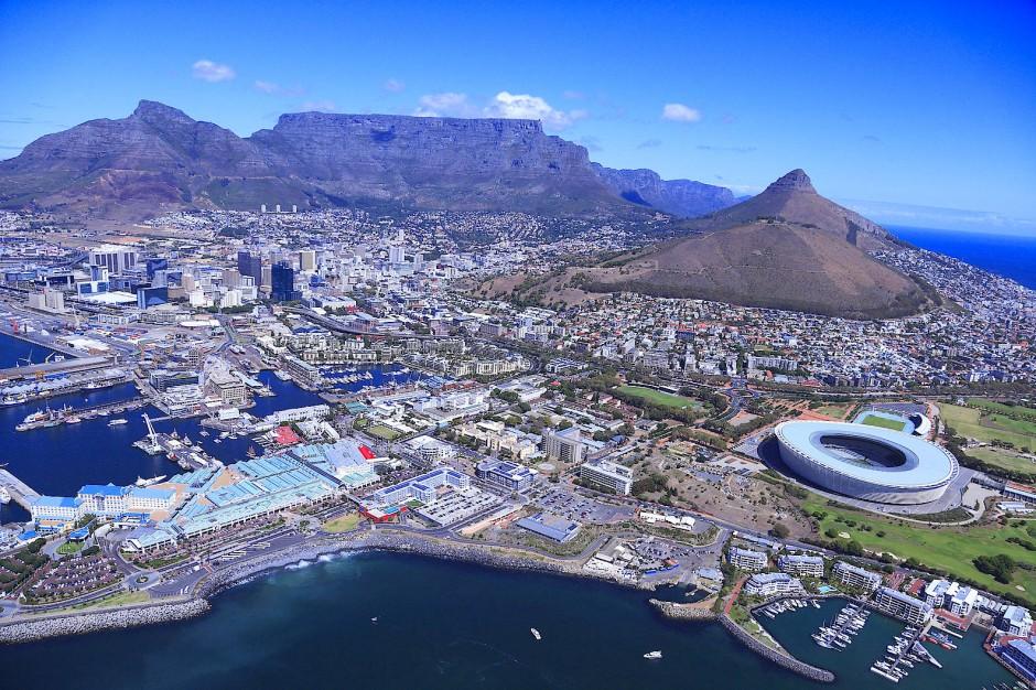 Kapstadts Besucherzahlen steigen seit Jahren, der Flughafen platzt aus allen Nähten und die größten Kreuzfahrtschiffe geben sich am Kap der Guten Hoffnung die Ankerkette in die Hand.