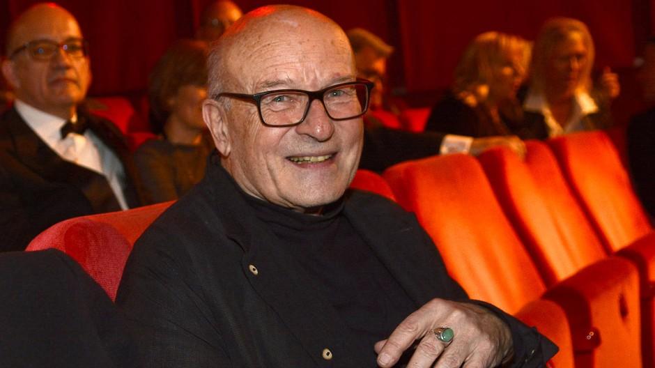 Im Kino gewesen, gefeiert: Volker Schlöndorff bei der Verleihung des Goldenen Ehrenbären der Berlinale im Februar 2016 an den Kameramann Michael Ballhaus