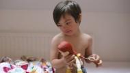 Ein fünf Jahre altes Mädchen mit Downsyndrom. Werden Kinder wie sie weiter geboren werden, wenn der für die Frau wie für den Fötus vollkommen risikofreie Pränataltest für jede Schwangere auch noch gratis verfügbar sein wird?