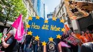 Gegen den Hass: Demonstranten in Frankfurt am Main.
