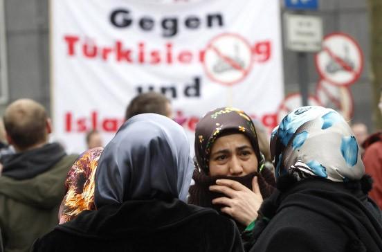 Türkische single frauen