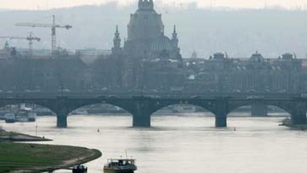 Dresden will Verfassungsgerichte anrufen