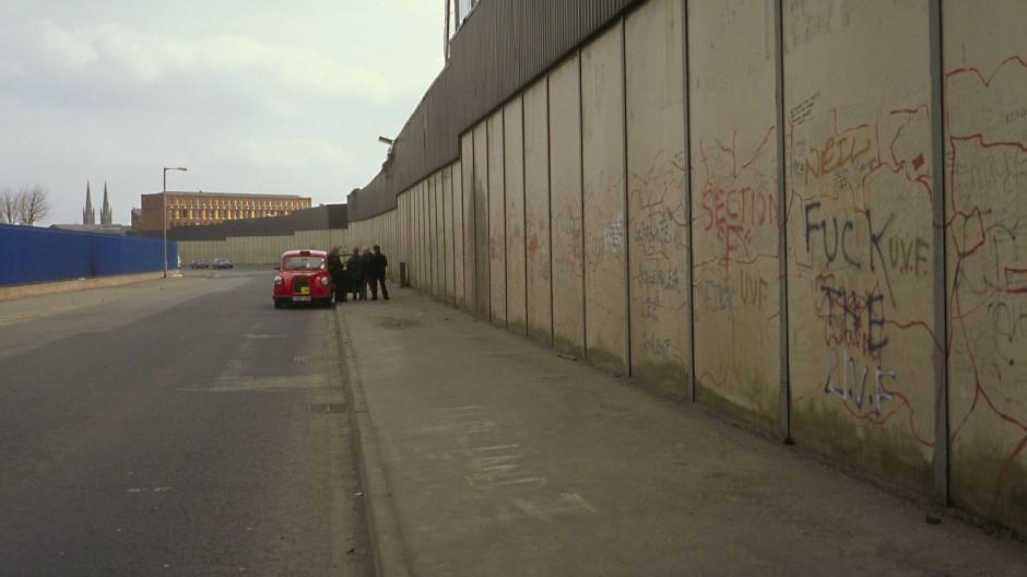 Die Peace Wall in Belfast