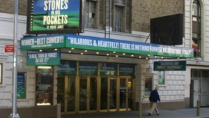 Trauerflor am Broadway - Theatern bleiben die Zuschauer weg