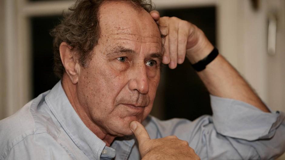 Michael Krüger, Jahrgang 1943, ist seit 1968 bei Hanser, seit 1986 Verlagschef