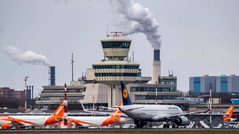 Nicht hübsch, aber zentral gelegen und inzwischen sogar denkmalgeschützt: der Berliner Flughafen Tegel