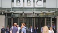 Eingang zur Zentrale der BBC in London