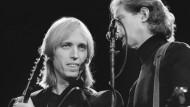 Tom Petty (links) bei einem Konzert in Helsinki im Jahr 1987