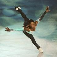 Die französische Eiskunstläuferin Surya Bonaly, 1999