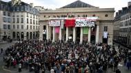 Auf den Spielplänen in Frankreich steht jetzt der soziale Protest