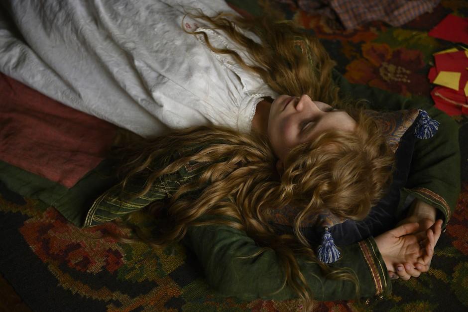 Saoirse Ronan als Josephine.