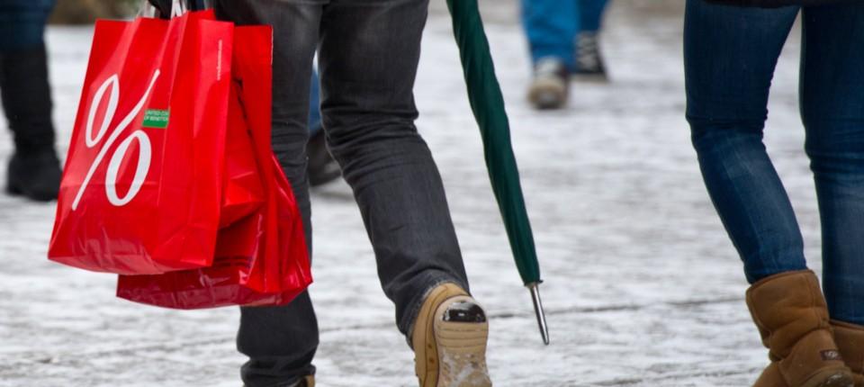 best website ee88f d2274 Winterschlussverkauf: Deutsche sparen bei der Kleidung
