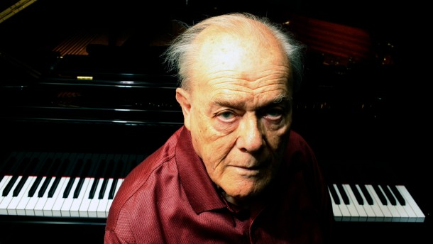 Charles Rosen, American pianist.