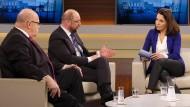 """Peter Altmaier (r.), Martin Schulz, Moderatorin Anne Will, Christian Lindner und Christiane Hoffmann diskutieren """"Die Groko-Entscheidung""""."""