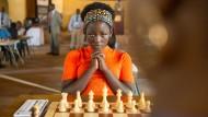 Madina Nalwanga als Phiona Mutesi