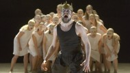 Verzweiflung: Xerxes (Felix Axel Preißler) vor dem Rat der Ältesten