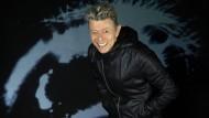 David Bowie ist seit Jahren nicht mehr aufgetreten, legt aber immerhin bald ein neues Album vor.
