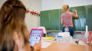 Ist Lernsoftware besser als ein schlechter Mathelehrer?