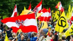 Aufstand der beleidigten Massen