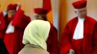 Streit-Thema Kopftuch, das schon 2003 vor dem Bundesverfassungsgericht in Karlsruhe landete.