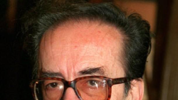 Albanischer Dichter Kadare wird bedroht