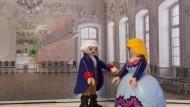 """Aus dem """"Werther"""": """"Sag mal Lotte, wer ist eigentlich dieser Albert? Ein junger Mann, mit dem ich so gut wie verlobt bin!"""""""