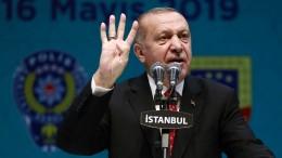 Manipuliere die Kurden!